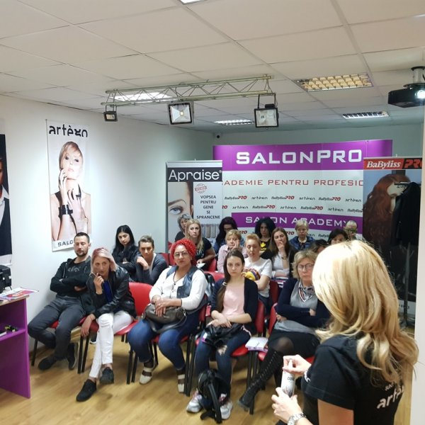 WORKSHOP DECOLORARE ARTEGO BUCURESTI