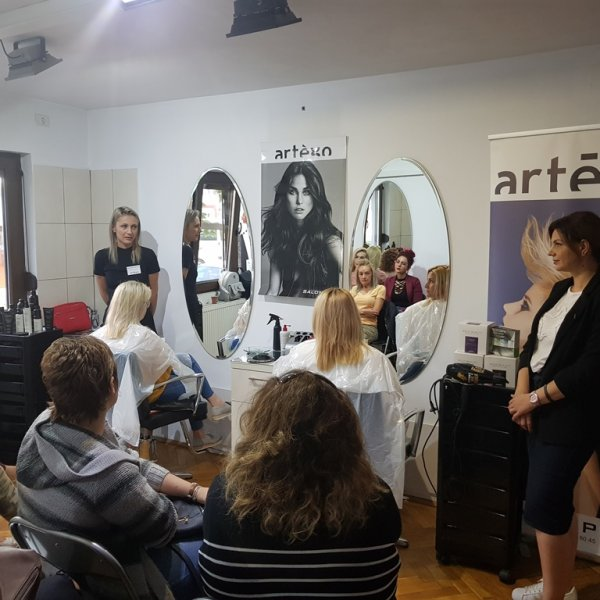 INTERVENTIE IN SALON ARAD 22.05.2018